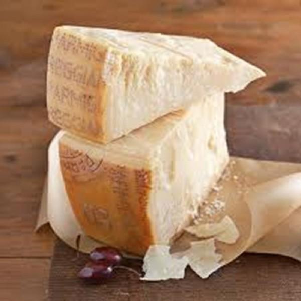 Parmigiano Reggiano1/8 Wheel 5kgs